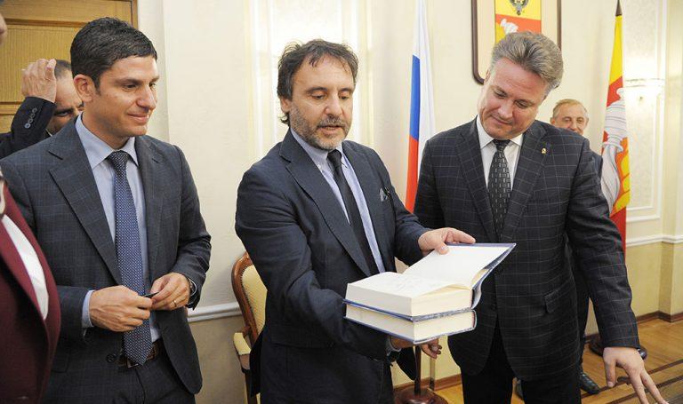 Incontro ufficiale con il sindaco di Voronezh